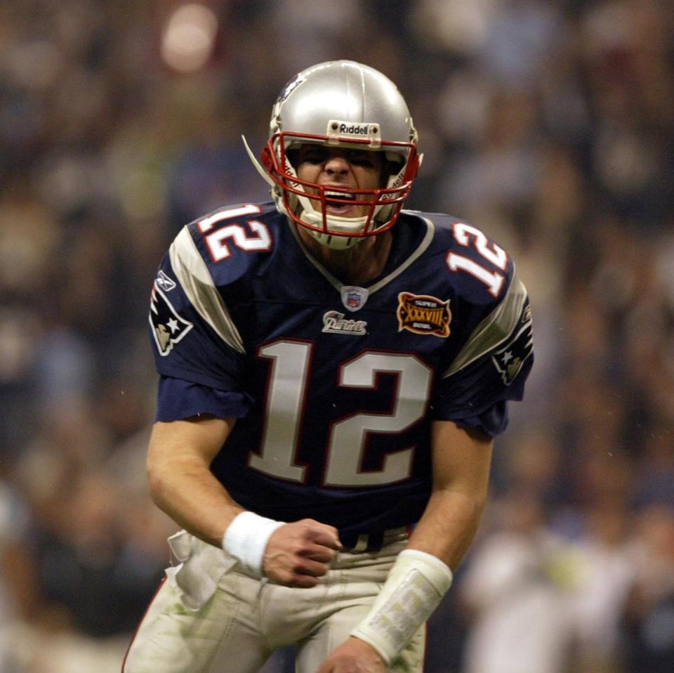 Patriots beat Panthers in Super Bowl XXXVIII (Photo 10 of 28 ... 21c013cc0