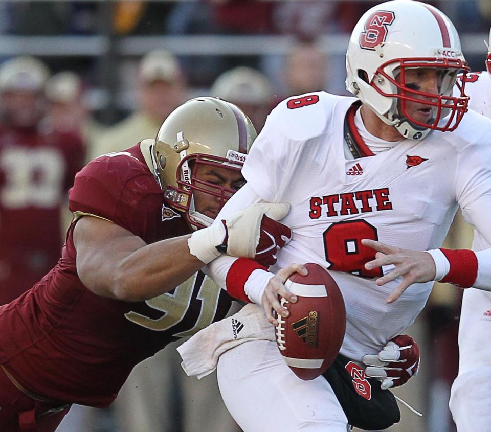 Kuechly, defense shine for Boston College - The Boston Globe