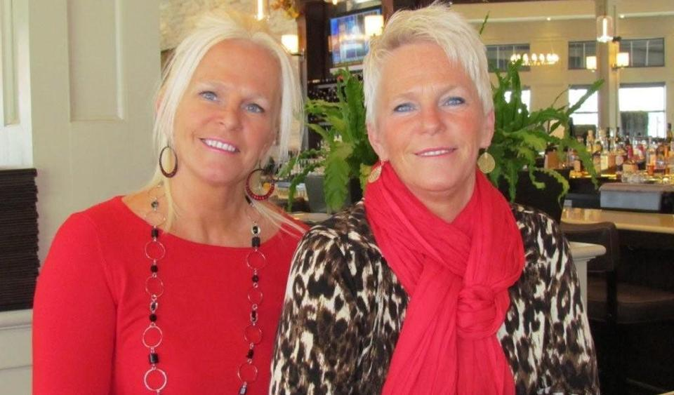 Dianne Kane McGunigle Shown With Twin Sister Denise Is A Spokeswoman For