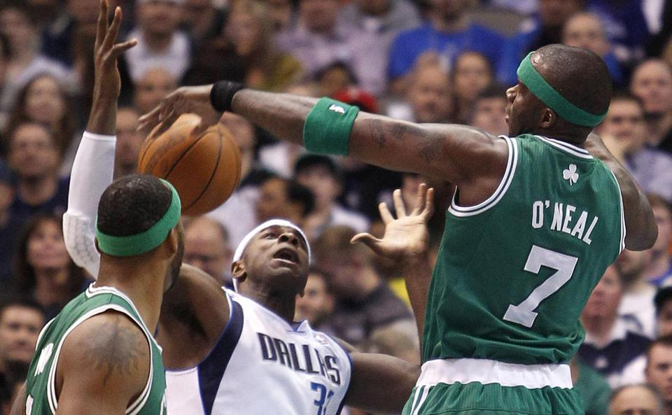 Against championship contenders such as the Mavericks, the Celtics are either unable or unwilling to compete. Jermaine O'Neal was injured in the game.