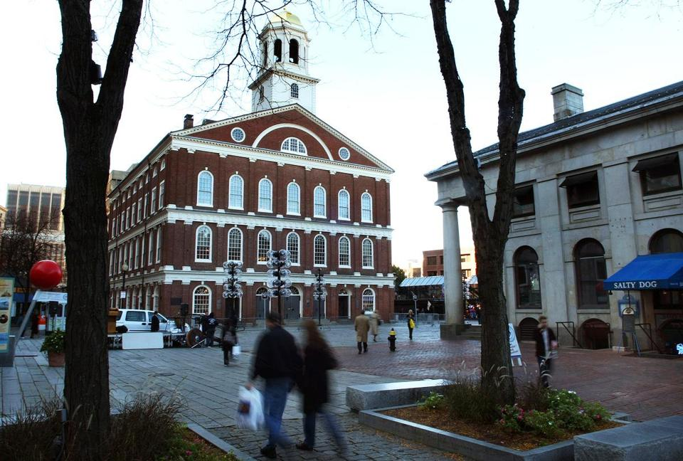 Elkus Manfredi Architects is considering adding more retail on the second floor of Faneuil Hall Marketplace in Boston.
