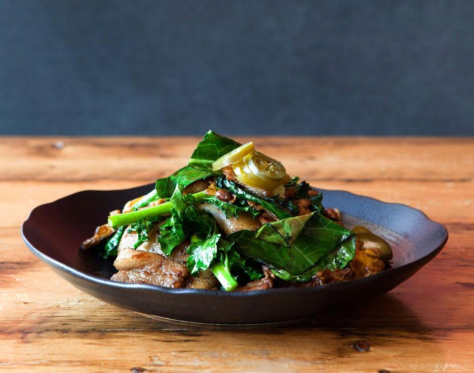 LONG GRAIN: Pad see ew with noodles from scratch and ingredients from nearby to Camden.