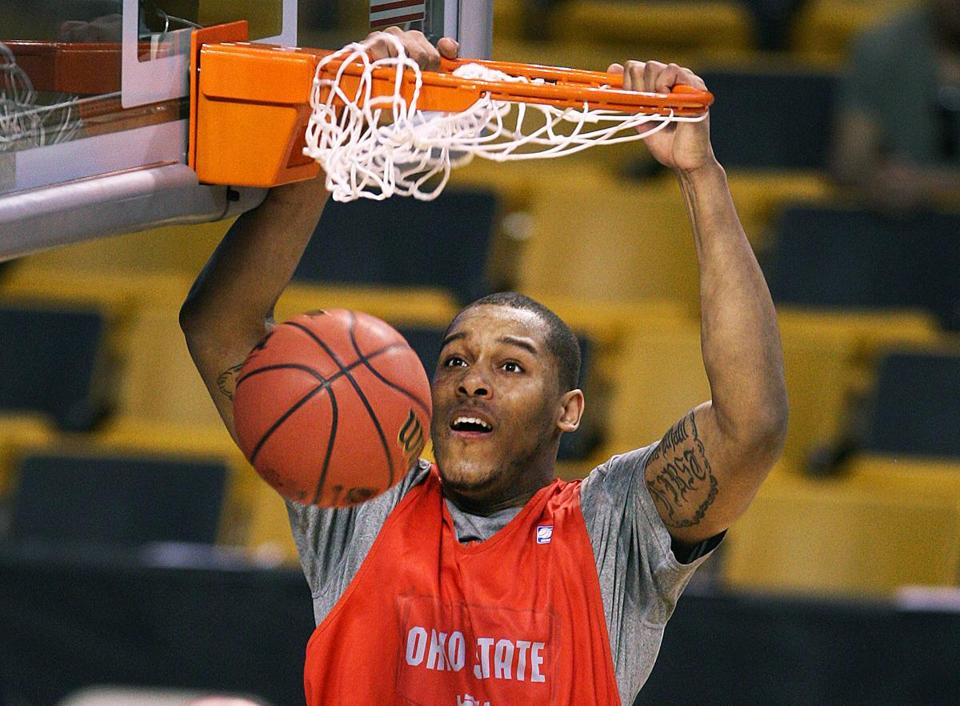 Ohio State's Amir Williams slammed home a dunk during Wednesday's workout.