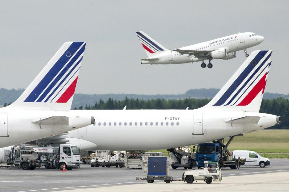 Progress's customers include Air France-KLM.