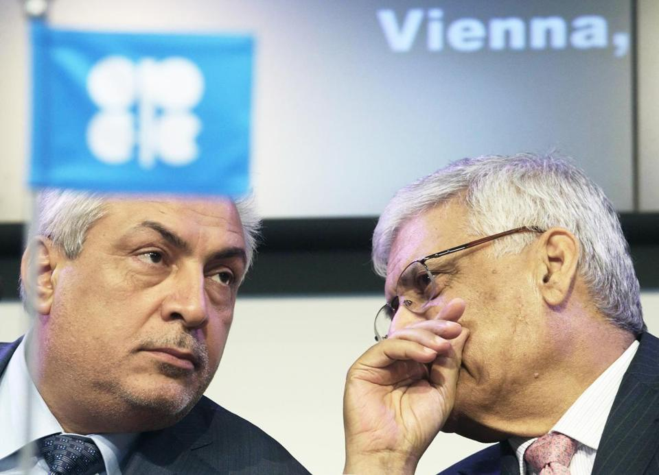 OPEC secretary general Abdullah al-Badri (right) talked with cartel president Abdul Kareem Luaibi yesterday.