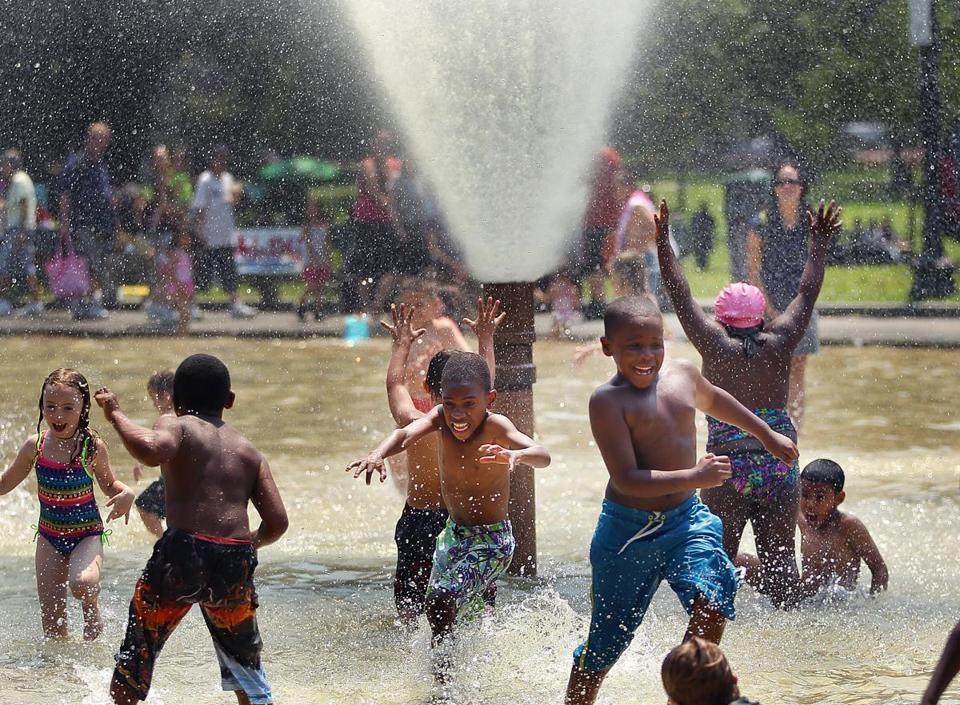 13 of boston s best spray parks for kids the boston globe Stony brook swimming pool hours