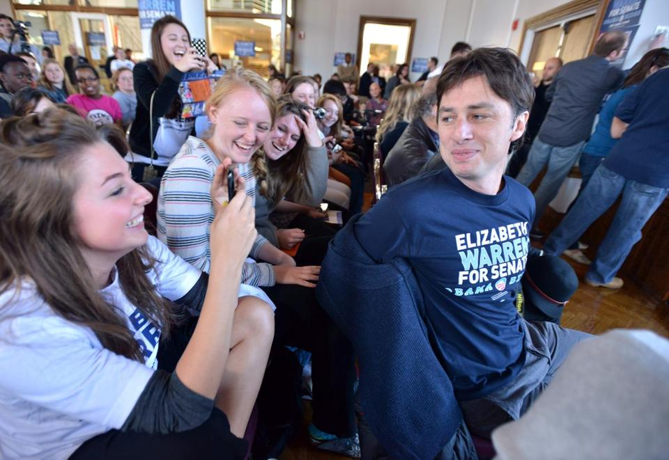 Actor and Director Zach Braff hams for Clark University students before taking the stage to campaign for Elizabeth Warren in 2012.
