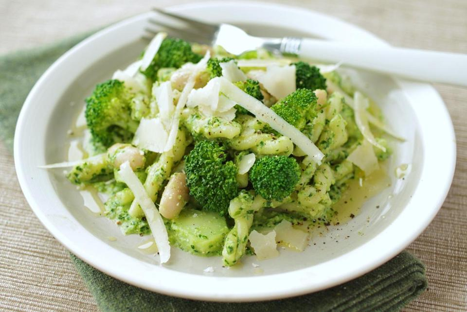 Pasta with broccoli, white beans, ricotta, and parsley pesto.