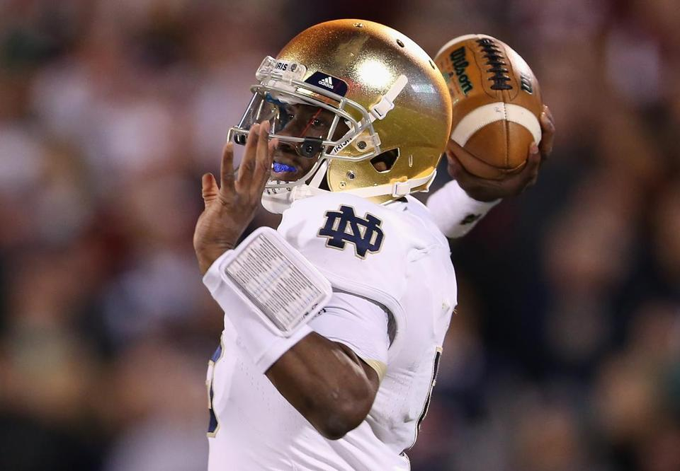 Everett Golson got the start for Notre Dame and threw for 177 yards and scored on a 1-yard run against Oklahoma.