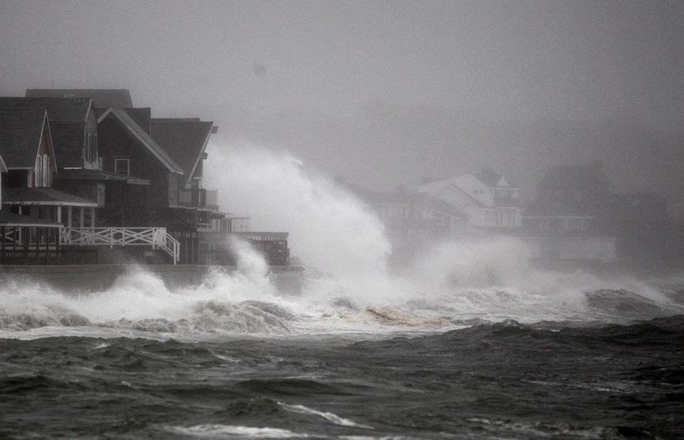 Scituate, Massachusetts10-29-2012 Waves from Hurricane Sandy slam into Scituate'd sea wall during mid-morning. Scituate coverage of Hurricane Sandy . (Jonathan Wiggs ) Topic: Reporter: