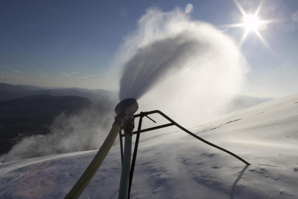 The snow guns are firing at Sunday River, a resort known for opening early, which requires a deep base.