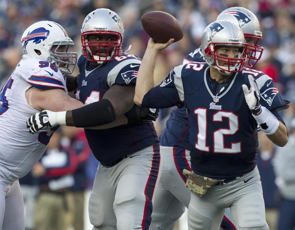 Patriots quarterback Tom Brady found Danny Woodhead for an 18-yard touchdown to restore a two-TD lead in the third quarter.
