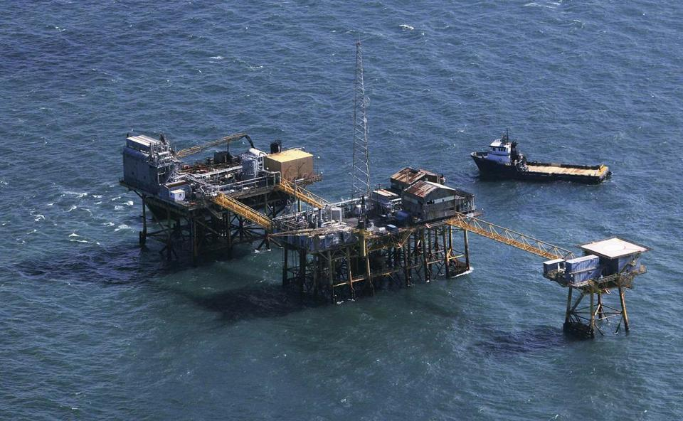 Rescue crew surrounded an oil platform that exploded in the Gulf of Mexico on Friday.