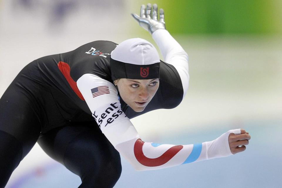 Heather Richardson took gold at 1,000 meters at the speedskating World Cup.