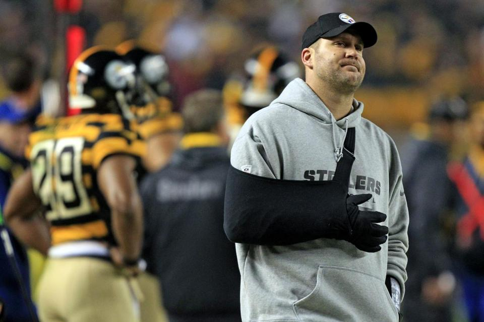 Ben Roethlisberger threw for a short while at practice Friday but won't be able to return to the Steelers for Sunday's game against the Ravens.