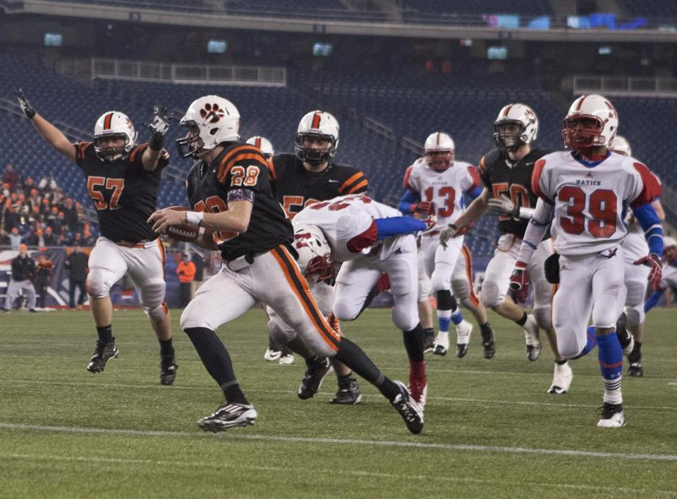 Kenny Pierce led this charge for Beverly with a touchdown run in the second quarter.