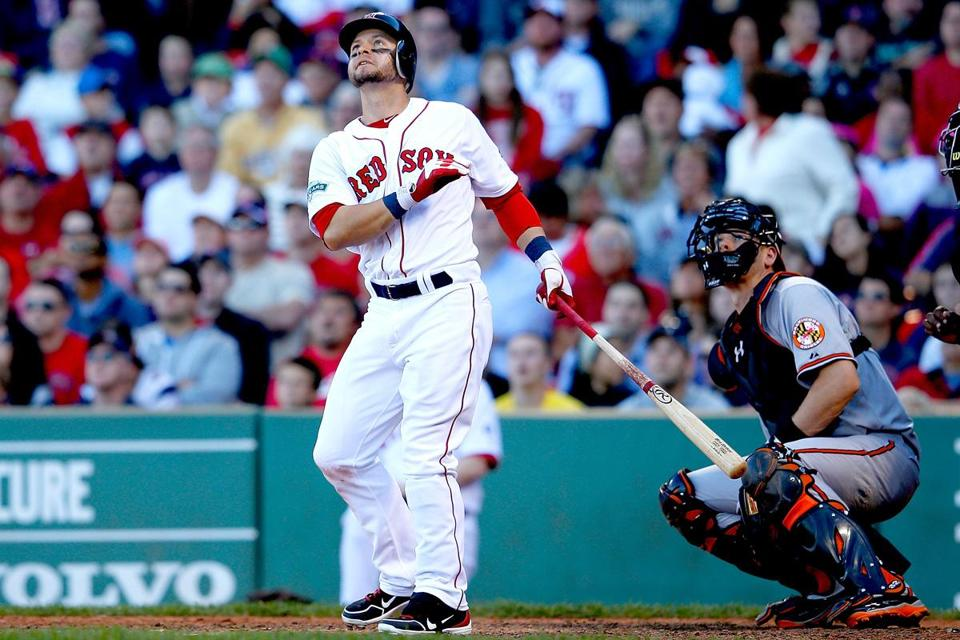 Sources indicate the Red Sox were trying to re-sign Cody Ross for two years, but Ross was seeking a three-year deal worth between $21 million and $31 million.