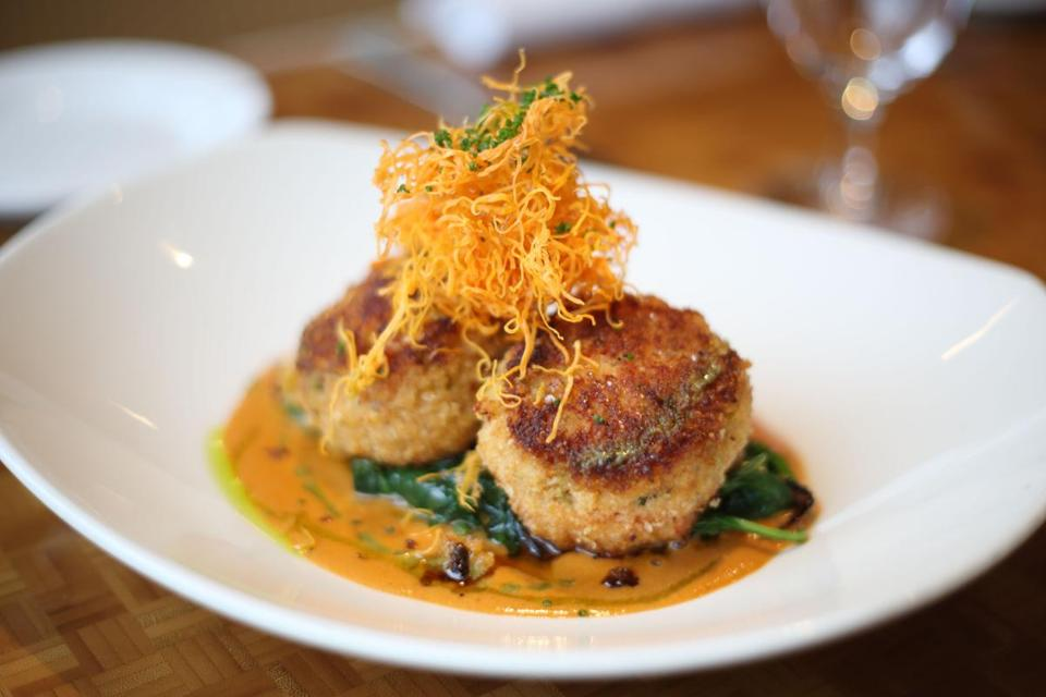 Lobster Cakes From Oro The Boston Globe