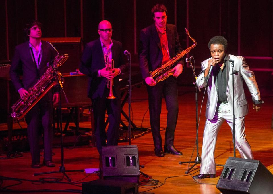 Lee Fields and the Expressions covered a broad spectrum of soul Monday night that stretched from the pain of loss to playful joy.