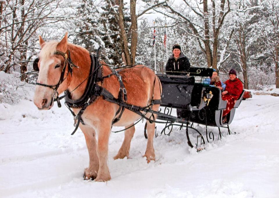 Celebrate love all winter long with the Valentine Special package at the Farm by the River B & B and Stables.