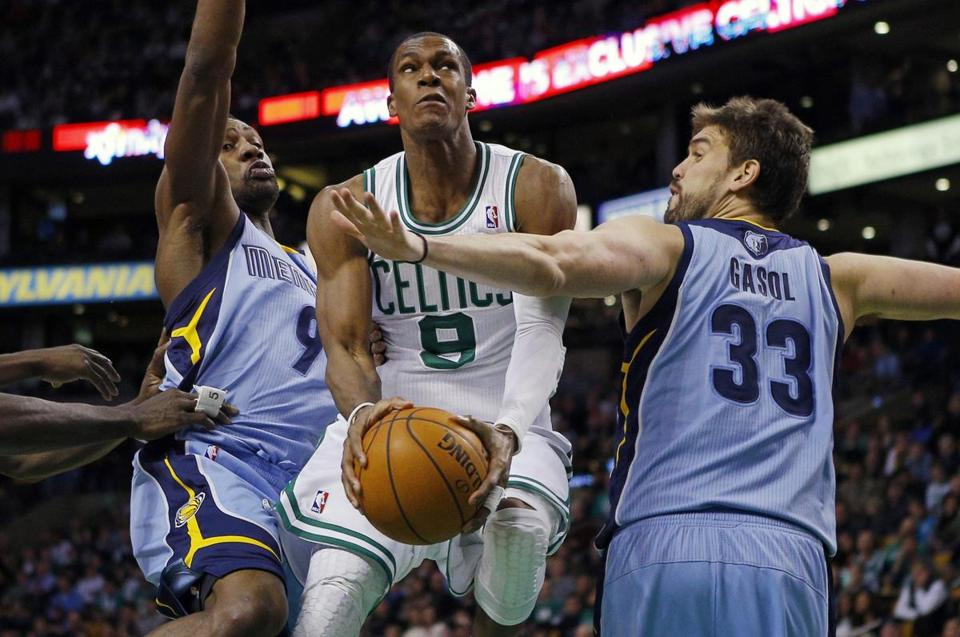 Rajon Rondo and the Celtics lost their fourth straight game on Wednesday night.