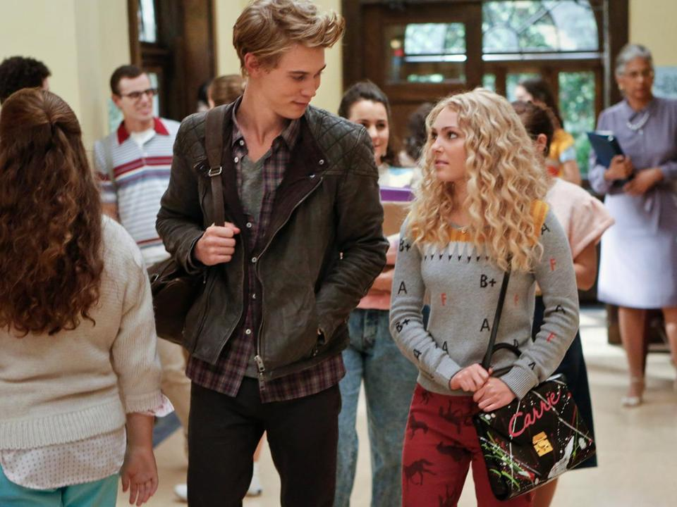 "AnnaSophia Robb (with Austin Butler) plays Carrie Bradshaw in the CW's ""Sex and the City"" prequel, ""The Carrie Diaries."""