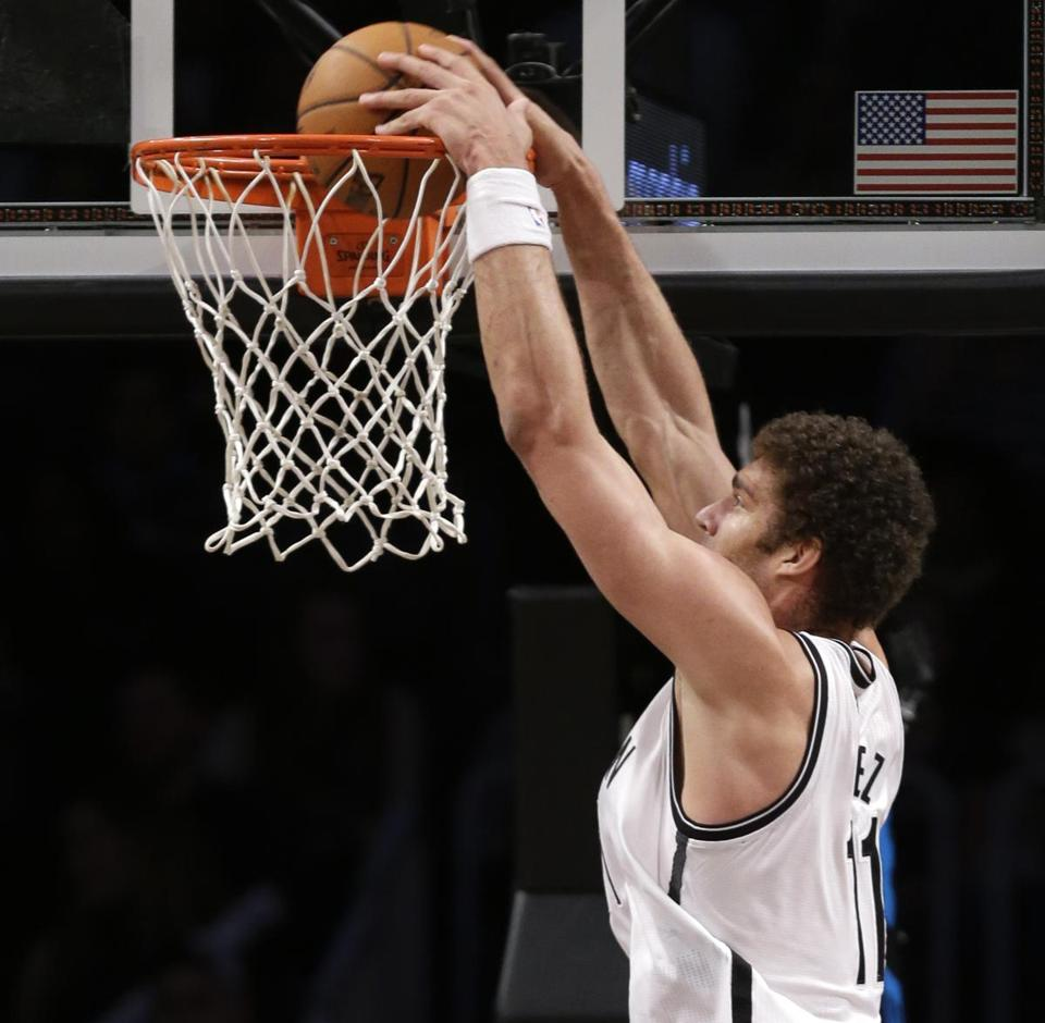 Brook Lopez had 22 points and nine rebounds in the Nets' win over the Raptors.