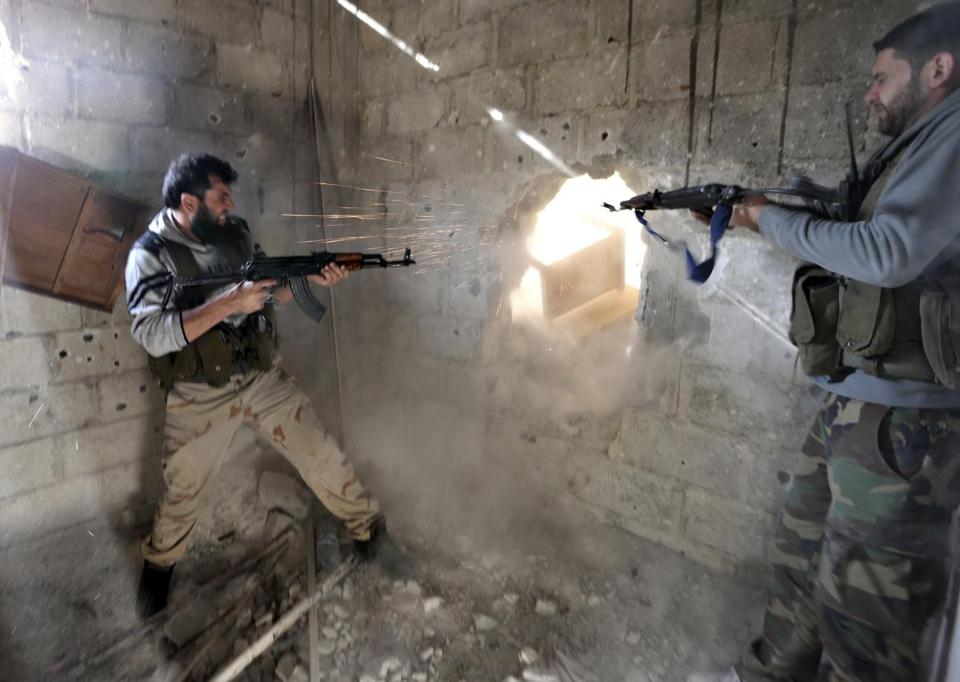 Fighters from the Free Syrian Army's Tahrir al Sham brigade returned fire at Syrian forces in Mleha, a Damascus suburb.