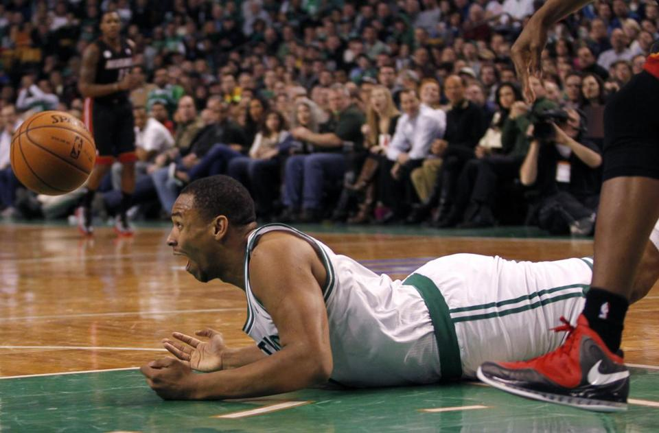 Jared Sullinger was flagged with back issues during an NBA pre-draft examination, causing him to drop to the Celtics with the 21st overall pick.