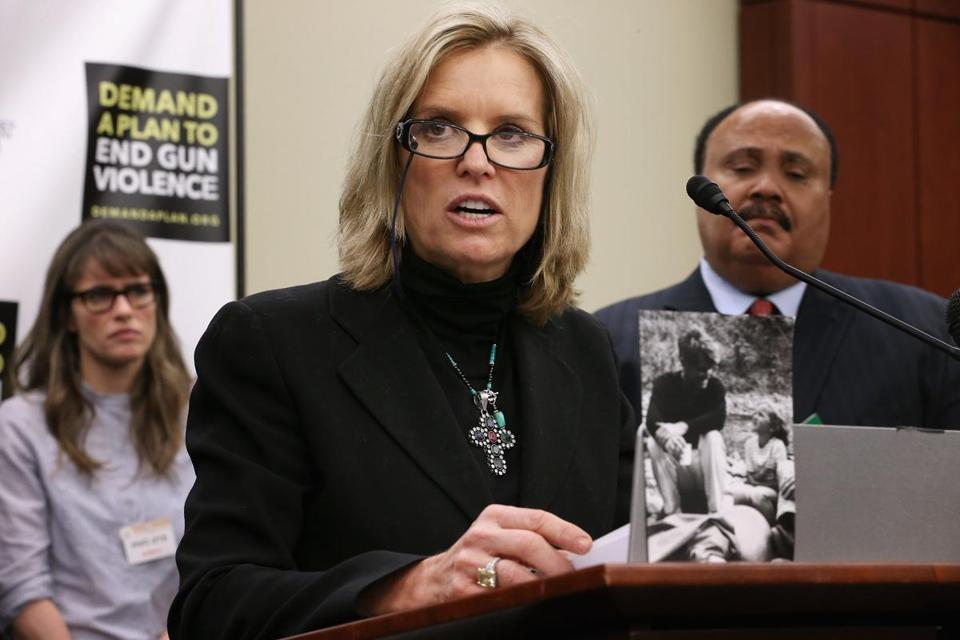 Kerry Kennedy, daughter of Robert F. Kennedy, spoke at a press conference with actor Amanda Peet (left), Martin Luther King III, and others at the US Captiol on Wednesday.