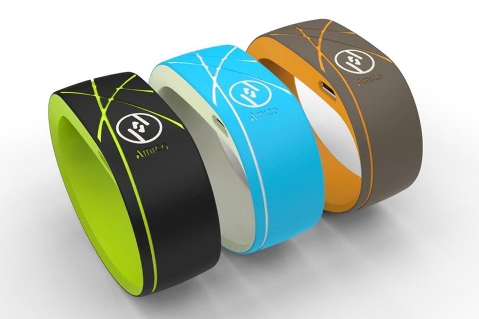 The Cambridge start-up Trovare is designing a rubber wristband called Amico, a new entrant in F2F networking.