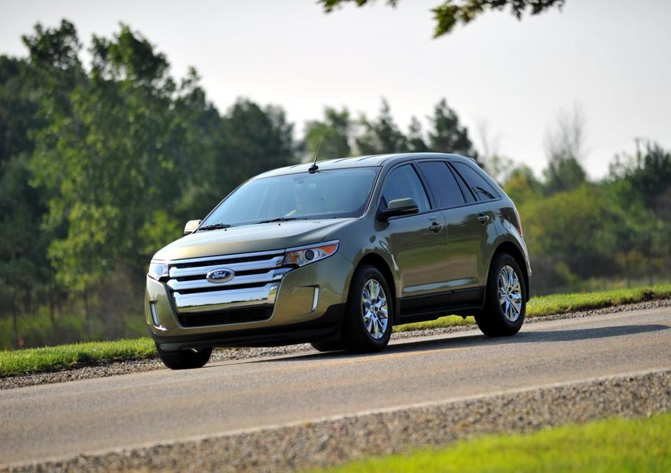A  Ford Edge The Recalled Vehicles Are  Models