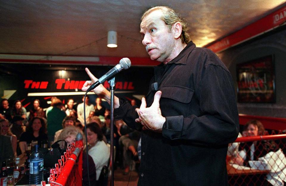 Cambridge, 4.4.2001: Jack McCarthy, local poet, at the Cantab Lounge. (David Kamerman/Globe Staff)
