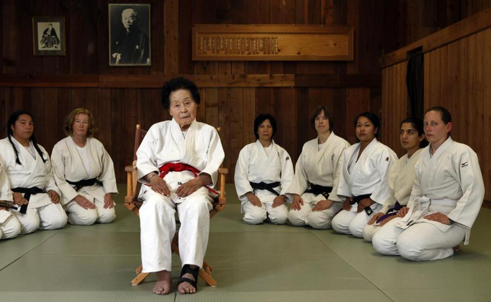 Ms. Fukuda, then 98, posed with students at the dojo in San Francisco where she taught for more than 40 years.
