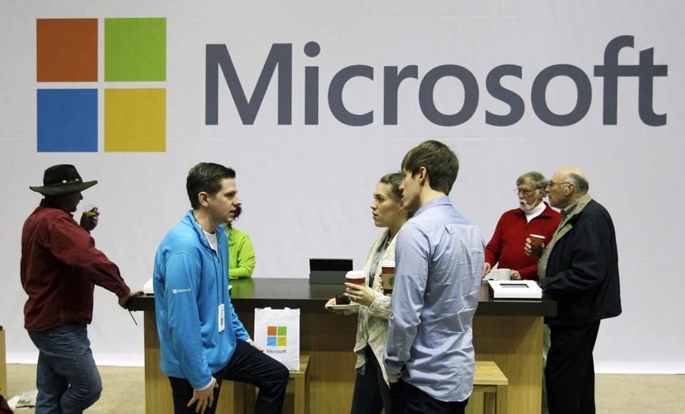 Microsoft will convert all its e-mail services under different domains such as MSN.com and Hotmail to Outlook.com by the summer, if users don't switch voluntarily first.
