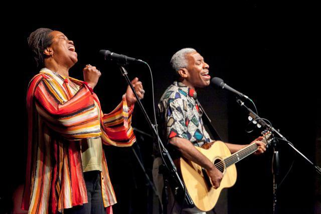 Kim and Reggie Harris will present a concert in support of the Wakefield Interfaith Food Pantry on March 16.
