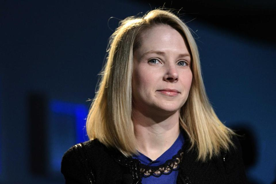 Yahoo chief executive Marissa Mayer issued an ultimatum to staff who work from home: Return to your desks by June 1 or leave the company.