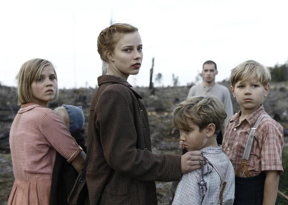 Saskia Rosendahl (center) plays a teen who leads her younger siblings across Germany as the Third Reich collapses.