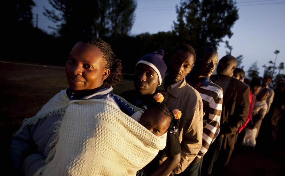 Voters lined up Monday morning in Kenya. Violence erupted in Mombasa even before the polls opened.