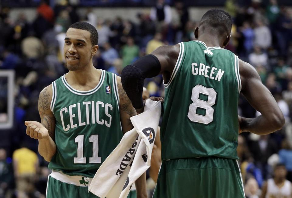 Courtney Lee, left, celebrated with Jeff Green after the game.