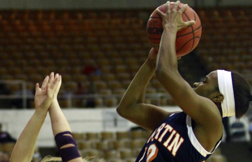 Tennessee Martin's Jasmine Newsome scored 34 points, none bigger than this basket with 2.3 seconds left in regulation, which sent the Ohio Valley Conference final into overtime.