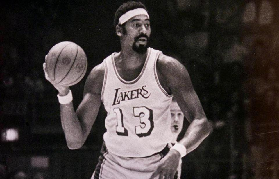 Wilt Chamberlain and the 1971-72 Lakers won 69 games, including 33 straight.