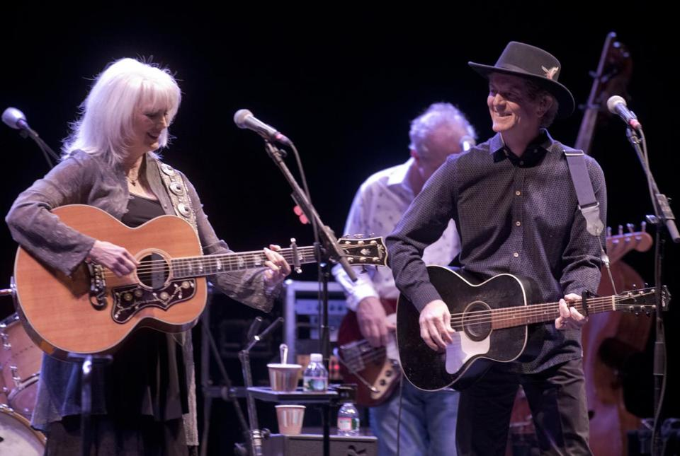 Emmylou Harris and Rodney Crowell were backed by a five-piece band Saturday.