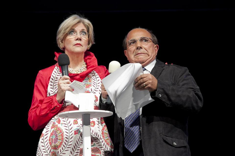Elizabeth Warren and Ray Magliozzi during last year's Banned in Boston comedy and music revue.