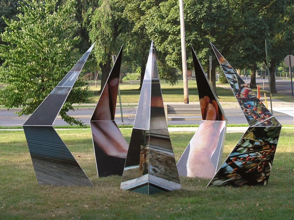 "Artist Andy Zimmerman's ""Wherethere in Five"" is waiting for its site in a new sculpture and nature park in Franklin."