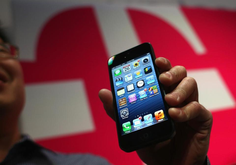 The number four mobile carrier is moving to no-contract smartphone plans in a bid to increase market share.