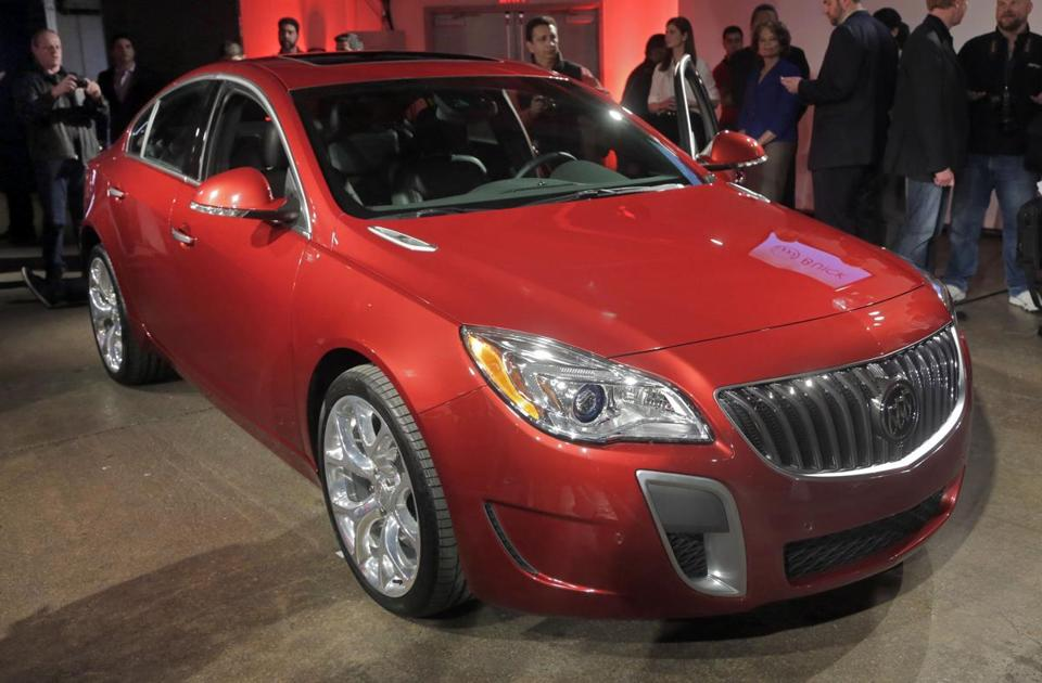 The 2014 Buick Regal has a more modern exterior look and gets some interior changes that make it look sportier.