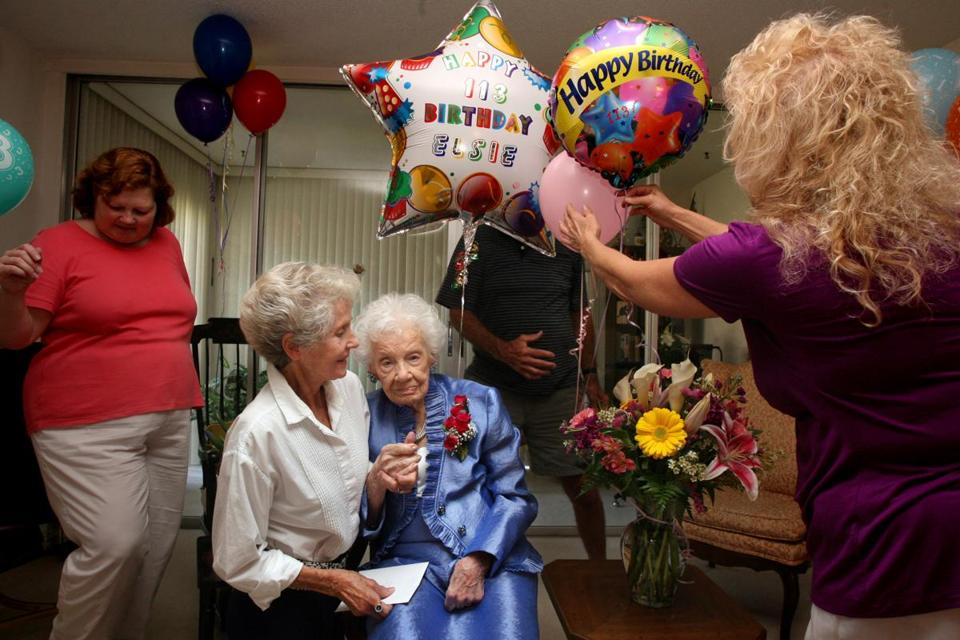 Elsie Thompson's 113th birthday was celebrated.
