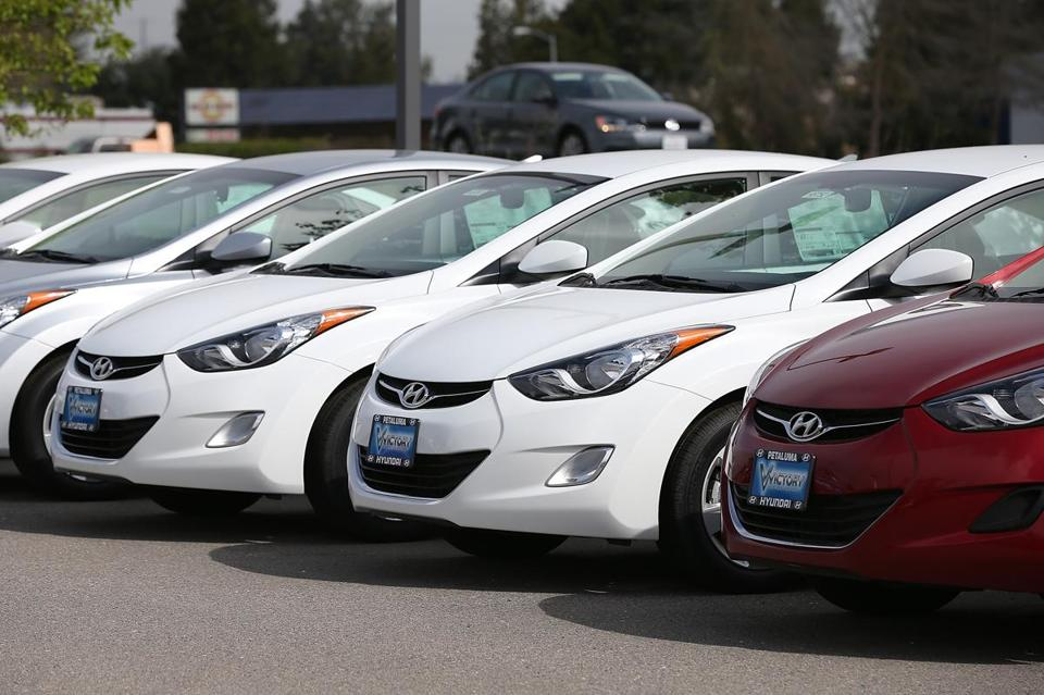 Hyundai is recalling about 194,000 Elantra compacts from 2011 to 2013 to fix an air bag problem.