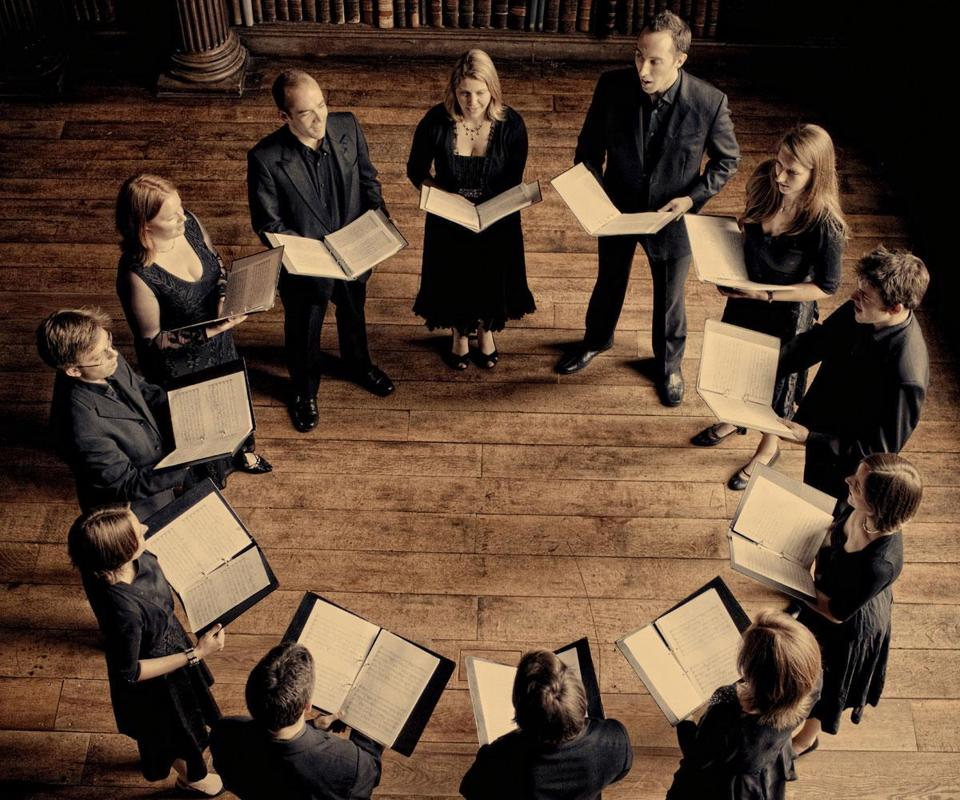 Stile Antico, a 12-member British vocal ensemble, presented a program Friday that traversed most of Europe and from the early 1500s to the early 1600s — and beyond.